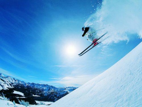 Сижу в вертолёте, а на ногах…. лыжи